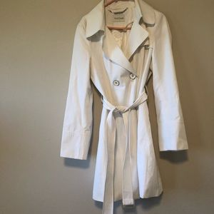 Women's white house black market jacket